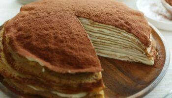 Рецепт приголомшливого млинцевого торта «Тірамісу». Дуже смачно!