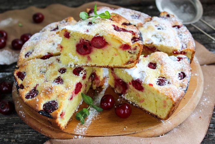 Вишневий пиріг на сметані - відмінний рецепт