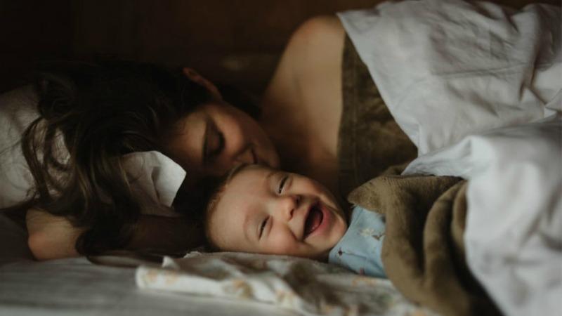 Материнство - стаття про сім'ю