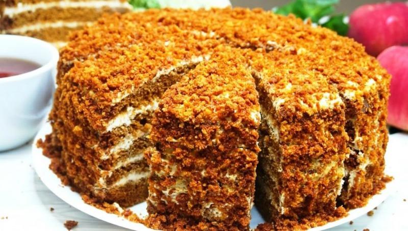 Лінивий торт «Медовий Пух» - рецепт приготування