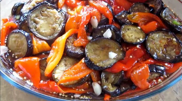 Мариновані баклажани з болгарським перцем - рецепт приготування