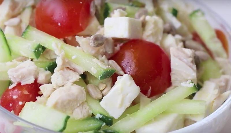 Салат зі свіжих овочів - рецепт приготування