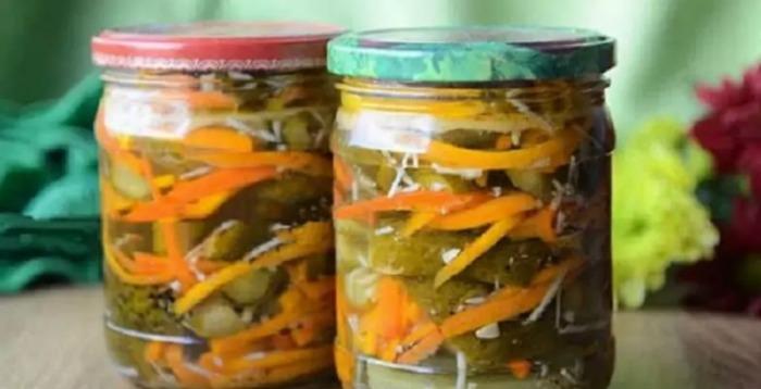 Хрусткі, ароматні і в міру солоні огірочки з приправою для моркви по-корейськи