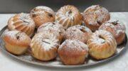 Звичайний кекс з родзинками, приготований на кефірі: вся родина ласунів залишилася задоволена
