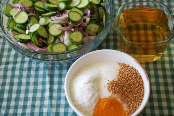 Швидкий рецепт маринування смачних і хрустких огірків