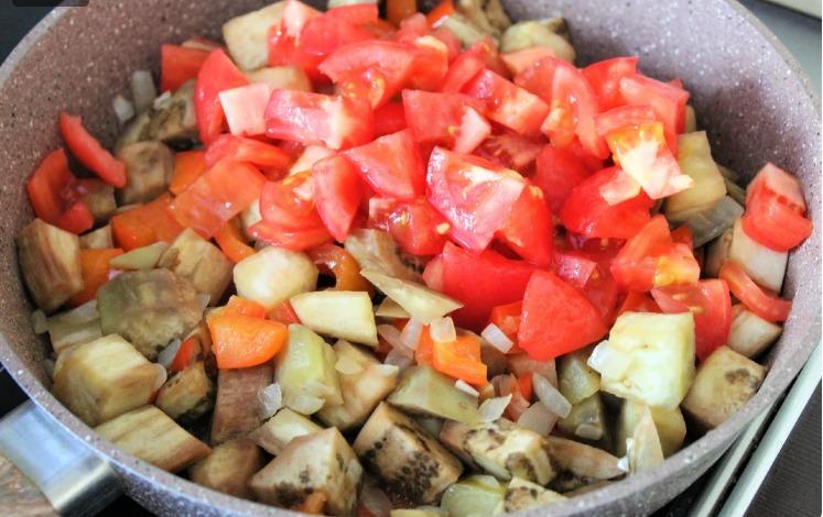 Бабусин рецепт з баклажанів. Готувала і буду готувати все літо