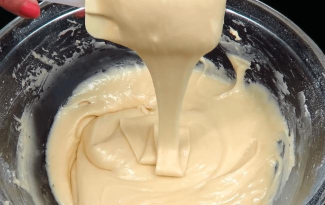 Пиріг, що тане в роті: смачно, швидко і доступно