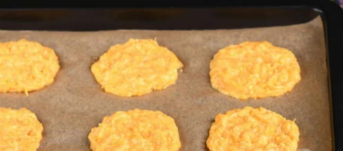 Оладки з гарбуза. Додаю один простий продукт, який робить їх неймовірно смачними