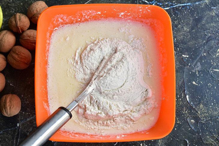 Пиріг «Кучерявець» на кефірі - м'який, повітряний і смачний