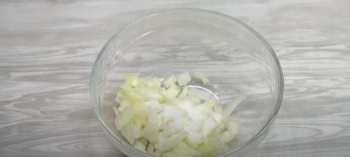 """Спробувала в гостях салат """"Король"""" подавали його замість оселедця під шубою. Ділюся рецептом"""