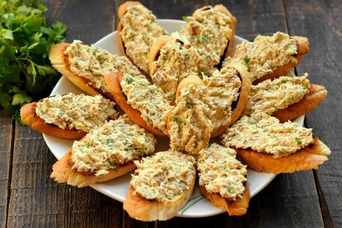Бутербродна намазка з сардин і сиру - рецепт