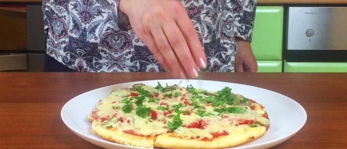 Коли зовсім немає часу, а хочеться чогось смачненького, готую піцу за 5 хвилин на сковорідці