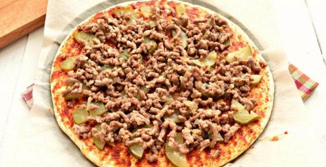 Простий рецепт домашньої піци - сподобається всій родині