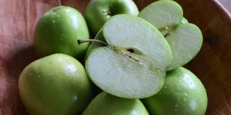 Які яблука корисні: червоного чи зеленого кольору?