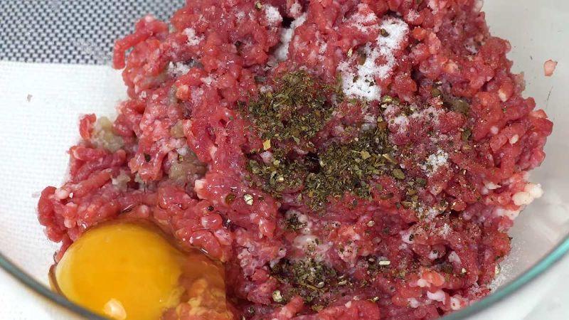 Смачна вечеря! Приготуйте м'ясні гнізда «Кіліманджаро»