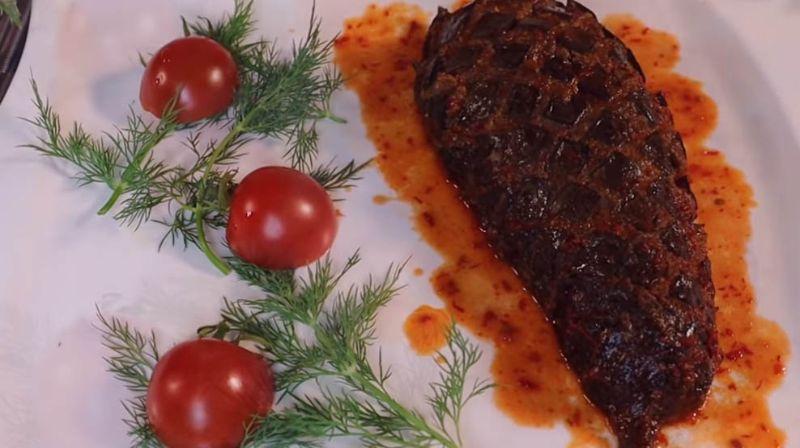 Апетитні м'ясні баклажани - дуже смачна страва на вечерю