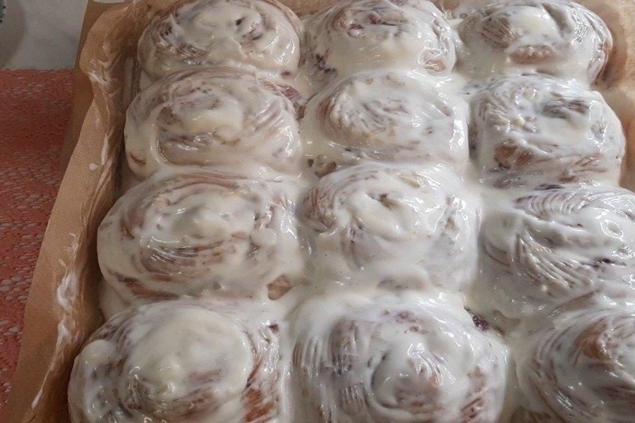 Полуничні булочки сіннабон в домашніх умовах. Ділюся рецептом