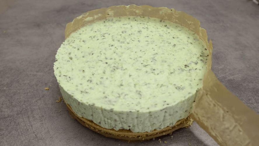 Торт Мохіто - розкішний освіжаючий десерт без випічки