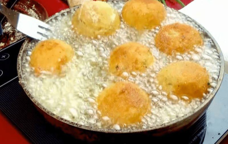 Новий метод приготувати звичайну картоплю. Швидко, просто і дуже смачно