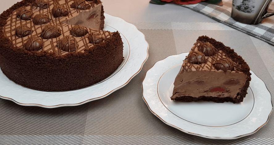 Шоколадний торт-морозиво з вишнею. Такого в магазині точно не купиш