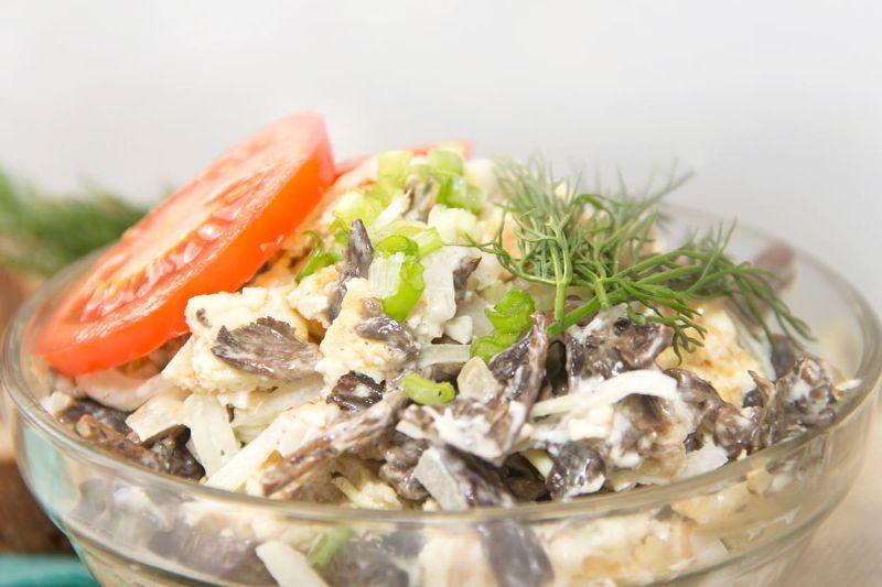 Салат з печінкою і грибами «Сеньйора»: страва на святковий стіл