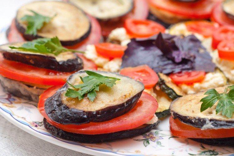 20 рецептів простих і смачних закусок з баклажанів