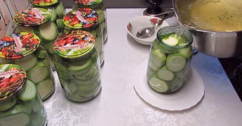 Кабачки на смак як огірки. Закриваю на зиму партіями по 10 банок