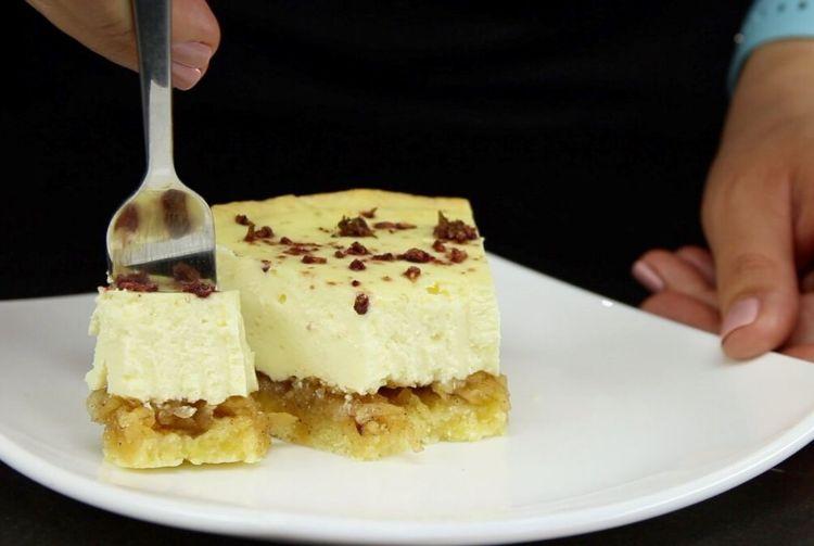Пісочне тісто і два види начинки: випічка, гідна святкового столу
