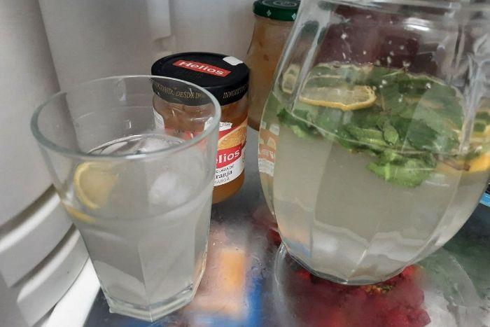 Як отримати 5 л лимонаду з двох лимонів: як приготувати