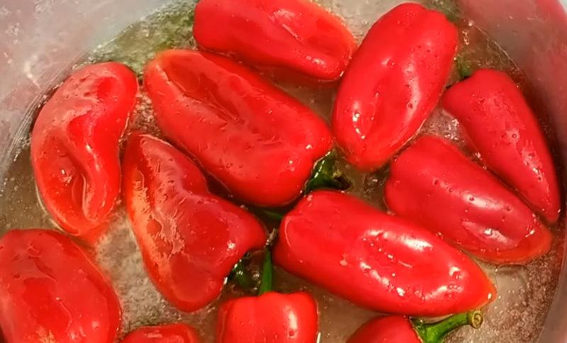 Смачний маринований болгарський перець на зиму за 25 хвилин