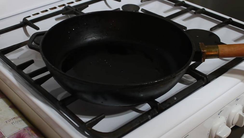 Бабусин метод: щоб до сковорідки більше нічого не прилипало