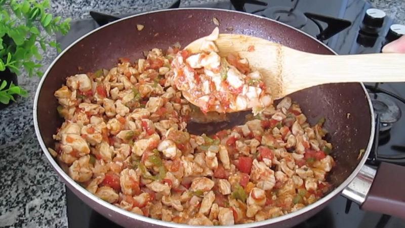 Дуже смачний спосіб приготування кабачків. Повноцінна страва і гарна подача