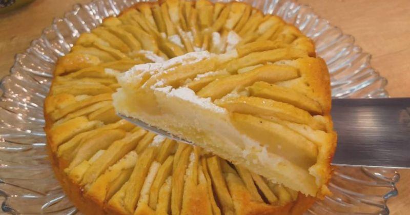 Ніжний і соковитий корнуельський яблучний пиріг: бестселер в світі кулінарії